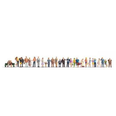30 figurines dans la ville - échelle HO - NOCH 16043